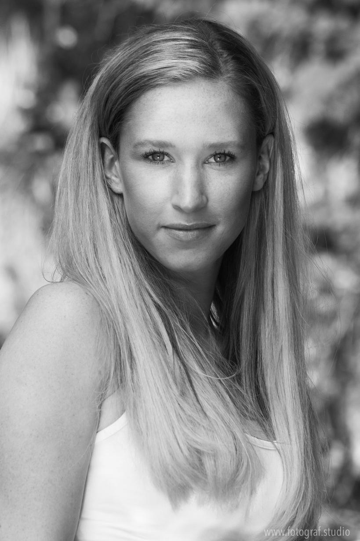 Portraits der Schauspielerin Melanie Kogler