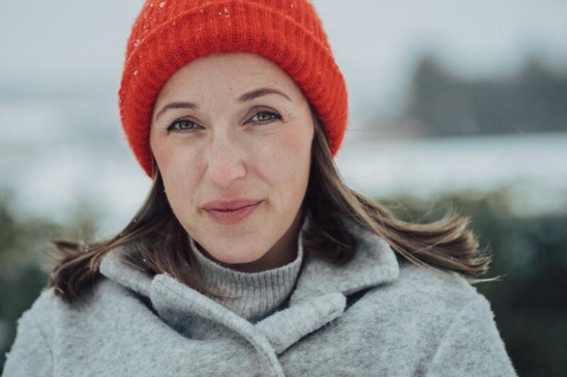 SonyAlpha_7III_Canon85mm_Winterportraits_Schwangerschaft