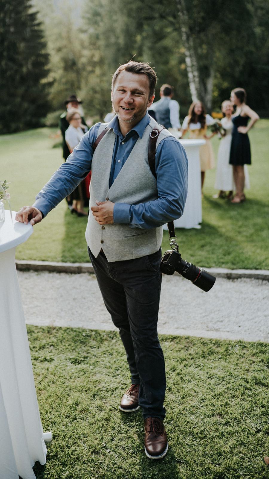 Wedding Photographer Schloss Prielau